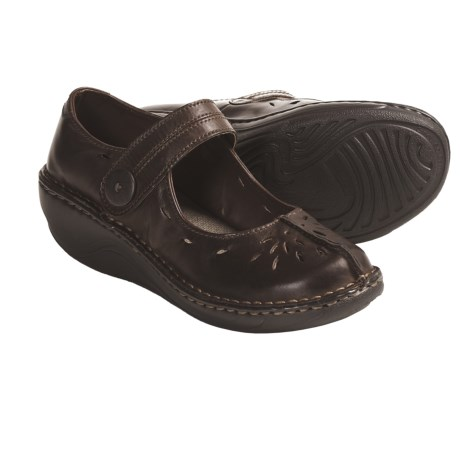 Eastland Great Shakes Mary Jane Shoes - Leather (For Women) in Coffee