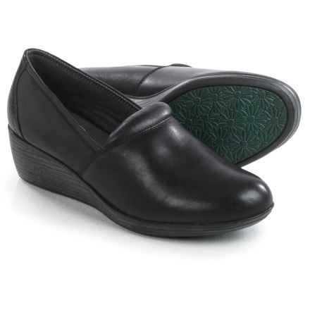 Eastland Savannah Clogs - Leather, Closed Back (For Women) in Black - Closeouts