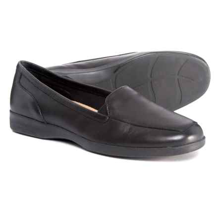 Easy Spirit Dream Shoes - Leather (For Women) in Black - Closeouts