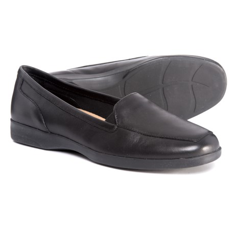 Easy Spirit Dream Shoes - Leather (For Women) in Black