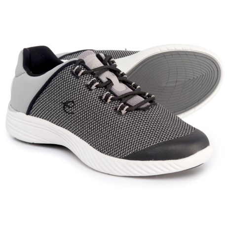 Easy Spirit Favour 2 Walking Shoes (For Women) in Black