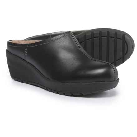 Easy Spirit Jaiva Mule Shoes - Leather (For Women) in Black - Closeouts
