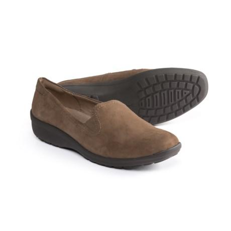 adadfc2969db Easy Spirit Santara Shoes - Suede (For Women) in Walnut Walnut