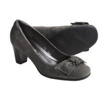 ECCO Hanna Large Bow Pumps - Suede (For Women) in Ascot Suede - Closeouts
