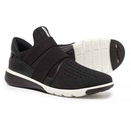ECCO Intrinsic 2 Shoes - Slip-Ons (For Women) in Black/Black