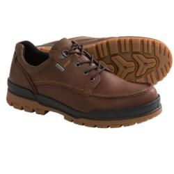 ECCO Track 6 Gore-Tex® Moc Toe Lo Shoes - Waterproof (For Men) in Black