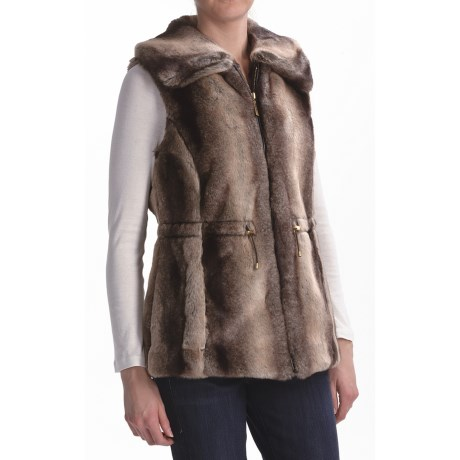 Ellen Tracy Outerwear Anorak Vest - Faux Chinchilla (For Petite Women) in Natural