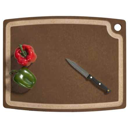 "Epicurean Gourmet Series Grooved Cutting Board - 18x13"" in Nutmeg/Natural - 2nds"