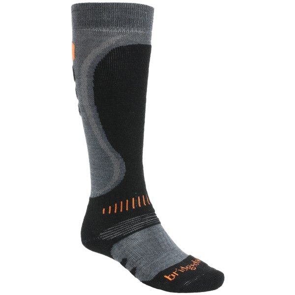 2NDS . Bridgedale's Precision Heel Fit socks take cushioning to a brand new level of customized comfort, featuring sculpted cushioning around the ankle, heel and shin to help eliminate heel slip. Available Colors: 32, CHR/BLK, BLACK/CHARCOAL, BLUEGREY/CHARCOAL, DARK PURPLE/LIGHT BLUE, GUNMETAL/BLACK, GUNMETAL/MIDNIGHT, NEEDS COLOR. Sizes: S, M, L, XL.
