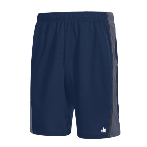 Alo Wave Short