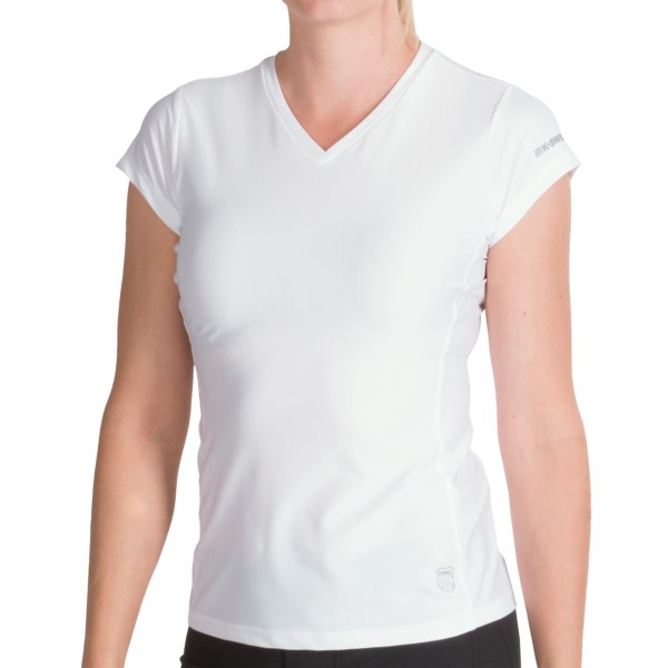 CLOSEOUTS . Hardly anything stands between your skin and a cooling breeze if you're wearing K-Swiss' Mesh Run shirt -- except for UltraCel moisture-wicking fibers, but they won't get in the way of anything except perspiration. Available Colors: BLACK, DIRECTOIRE BLUE, GERANIUM, SUN ORANGE, EBONY, LIBERTY, VARSITY RED, WHITE. Sizes: S, M, L, XL, XS.