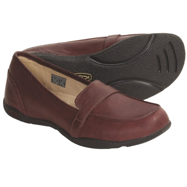 CLOSEOUTS . Loafers just don't come more comfortable than Keen's Clifton shoes, crafted with a KEEN.CUSH memory foam footbed that contours to your foot's unique shape with every wearing. Available Colors: BLACK, MADDER BROWN, SHITAKE. Sizes: 5, 5.5, 6, 6.5, 7, 7.5, 8, 8.5, 9, 9.5, 10, 10.5, 11.