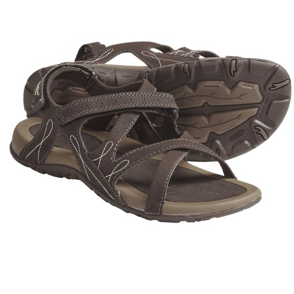 photo: Hi-Tec Waimea Falls Sandal