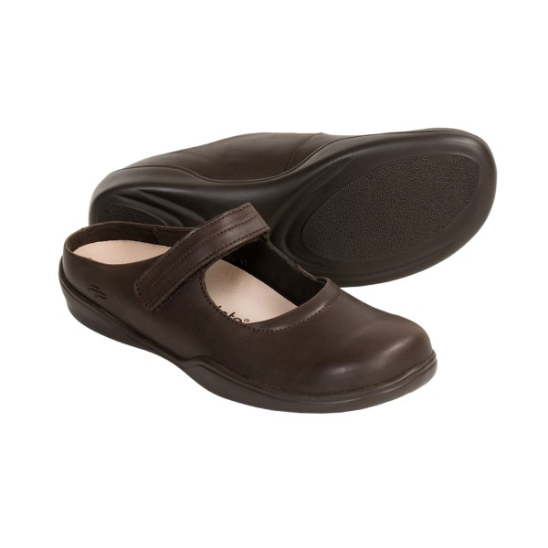 CLOSEOUTS . A simple design with a sweet, rounded toe and instep strap gives Monza shoes from Footprints by Birkenstock casual, effortless style. Meanwhile, the classic Birkenstock cork footbed lends foot-shaping comfort and ergonomic support. Available Colors: CHOCOLATE. Sizes: 35, 36, 37, 38, 39, 40, 41, 42, 43, 44, 45, 46.