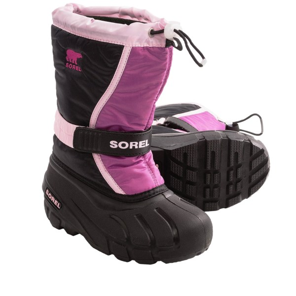 CLOSEOUTS . Let the kids enjoy those mid-winter flurries in Sorel's Flurry TP winter pac boots. Water and wind resistance will have them trudging through the snow in comfort and warmth. Available Colors: BARK/ISLA, BOULDER/HARVESTER, HYACINTH/GLOXINIA, PRAIRIE ROSE/BLACK, NOCTURNAL/OXIDE BLUE, JUICY/COOL GREY. Sizes: 1, 2, 3, 4, 5, 6, 7, 4.5, 5.5.