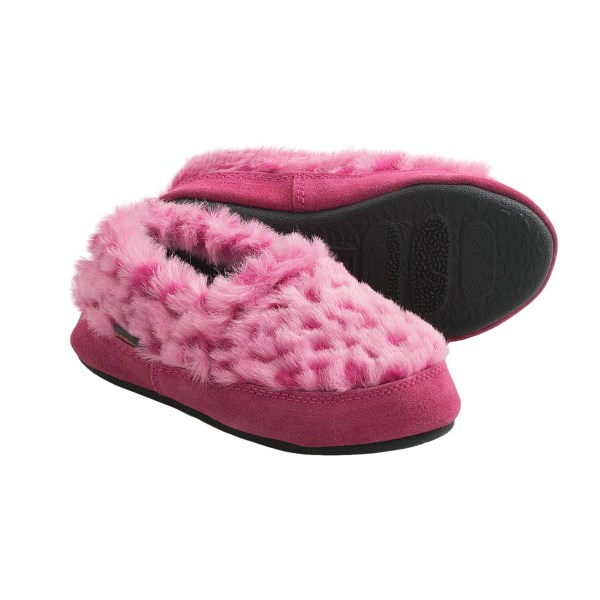 CLOSEOUTS . Little feet get a lot of TLC in Acorn's Tex Moc slippers, featuring warm fleece lining and a memory-foam footbed. Available Colors: BLUE OCELOT, SNOW FLAKE, AQUA FROST, PINK STARS, BLUE STARS, PINK SHERBERT, 07, SNOW LEOPARD, PINK OCELOT. Sizes: 9.5/10.5, 11/12, 12.5/13, 1/2, 2.5/3.5, 4/5, 12.5/13.5.