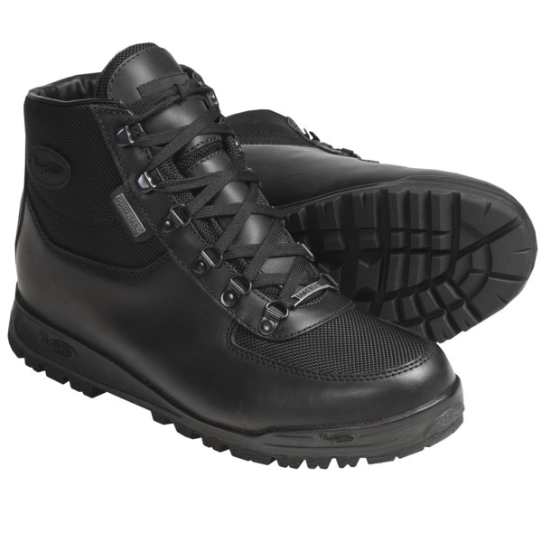 Vasque Skywalk