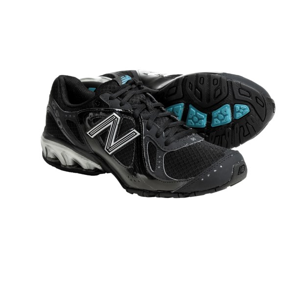 photo: New Balance Women's 650