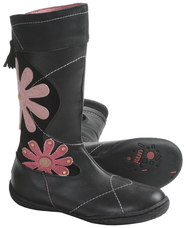 CLOSEOUTS . Maybe it's the bright, artisan-inspired applique flowers atop Umi's Radiant boots, or maybe it's her sweet smile, but one thing's for certain: she looks so cute and fashionable in these. Available Colors: BLACK. Sizes: 24, 25, 26, 27, 28, 29, 30, 31, 32, 33, 34, 35.