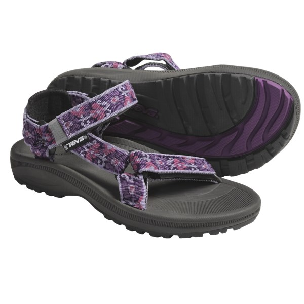 CLOSEOUTS . Worry about one less thing when you take your little one out in Teva Hurricane 2 sandals. With the adjustable nylon straps, these sandals stay on even the wiggliest feet. Available Colors: BROCART RED, WAVE RIDER BLUE, BROCART PURPLE, FIRETREAD CLASSIC GREEN, MEMORY NAVY, FIRETREAD MIDNIGHT, BROCART AQUA, BROCART VALENTINE, AMORPHOUS BLUE, BRAMBLE BLUE, AMBRA STRONG BLUE, TIE AQUA, DAISY CHAIN PINK, HYDRO RED. Sizes: 10, 11, 12, 13, 1, 2, 3, 4, 5, 6, 7, 8, 9.
