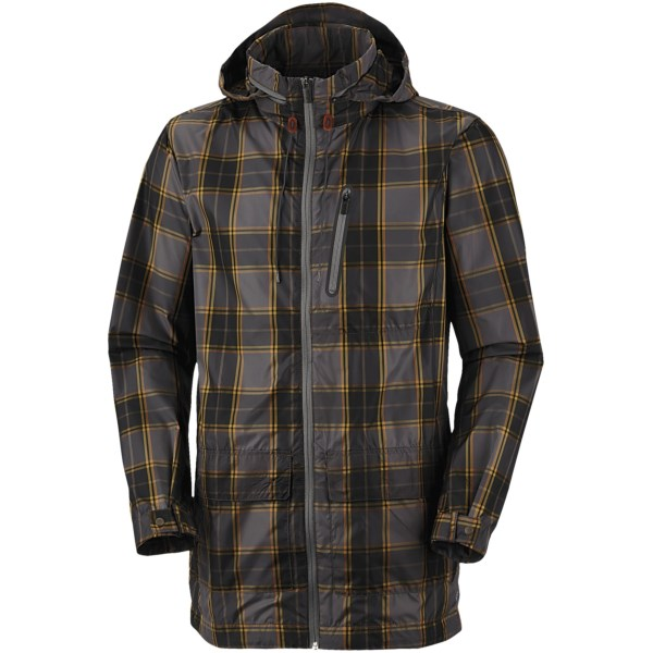 CLOSEOUTS . From rainy street to rainy street, Columbia Sportswear's Mainstreeter jacket is right at home in soggy city weather with its moisture-shedding polyester shell and ultra-breathable design to expel excess body heat. Available Colors: MAJOR PLAID, AUTUMN ORANGE. Sizes: M, L, XL, 2XL, S.