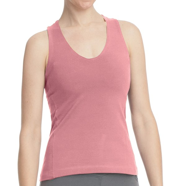 CLOSEOUTS . Stonewear Designs' Momentum tank top lends a soft, stretchy finish to your casual-active wardrobe, its move-friendly design and eye-catching criss-cross back straps easily transitioning from yoga class to a warm day strolling around town. Available Colors: STREAM, CONCORD, THISTLE PRINT, BLACK, GECKO, MELLOW, ROSEBUD. Sizes: XS, S, M, L, XL.