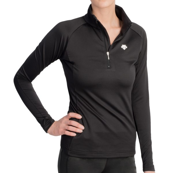 CLOSEOUTS . Performance and fit in a sleek, no-frills package, Descenteand#39;s Amelia shirt offers coverage and softness with a breathable, wicking interior that easily adapts to your temperature. Available Colors: SUPER WHITE, BLACK. Sizes: 4, 6, 8, 10, 12, 14, 16.
