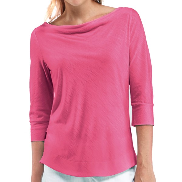 Discontinued . A light, stylish essential of premium merino wool, Icebreakerand#39;s Willow shirt offers a beautifully simple design with a drape-front boat neck and cuffed three-quarter sleeves. A touch of slub texture lends dimension. Available Colors: AZALEA, METRO, PISTACHIO, JET HEATHER, SHOCKING, AEGEAN. Sizes: S, M, L, XL, XS.