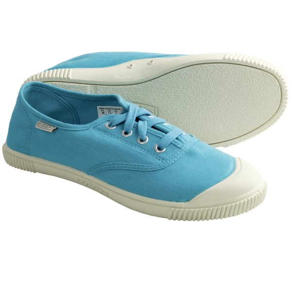 CLOSEOUTS . A colorful celebration of warm weather, Keen Maderas oxford shoes are perfect for casual adventures. The canvas upper has a low-profile tongue and a cushy molded rubber insole. Available Colors: BOUGAINVILLEA, BRIGHT CHARTREUSE, HOT CORAL, NORSE BLUE. Sizes: 5, 5.5, 6, 6.5, 7, 7.5, 8, 8.5, 9, 9.5, 10, 10.5, 11.