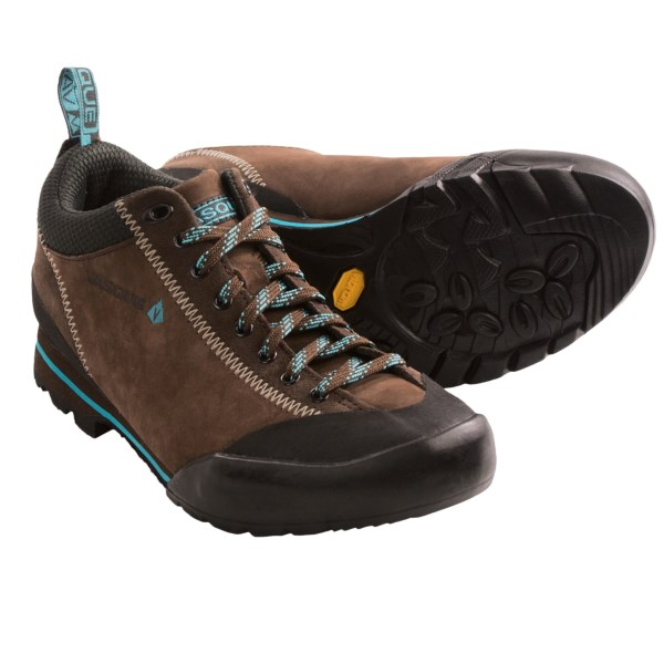 CLOSEOUTS . Equally suitable for long approaches and casual street wear, Vasque Rift shoes have a suede upper and the superior wet surface performance of a Vibramand#174; Spider outsole with IdoGrip compound. Available Colors: JET BLACK/CLASSIC GREEN, PESTO/BELUGA, PURPLE PLUMERIA/CHILI PEPPER, CHILI PEPPER/JET BLACK, SLATE BROWN/SCUBA BLUE. Sizes: 5, 5.5, 6, 6.5, 7, 7.5, 8, 8.5, 9.5, 10, 9, 11.