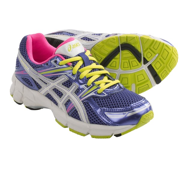 CLOSEOUTS . Get the kids moving, and moving fast, in Asics GT-1000 GS running shoes, made with a flexible, breathable mesh upper, durable blown-rubber outsole and moisture-wicking lining to keep up with the quickest kids. Available Colors: ROYAL/WHITE/RED, BLACK/WHITE/ELECTRIC APPLE, TITANIUM/IRIS/TURQUOISE, GRAPE/WHITE/HOT PINK. Sizes: 1, 1.5, 2, 2.5, 3, 3.5, 4, 4.5, 5, 5.5, 6, 6.5, 7.