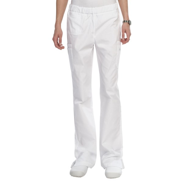 CLOSEOUTS . The wide elastic waistband and flared-leg design of Landauand#39;s Cargo Flare scrub pants take care of the comfort so you can take care of your work responsibilities. Available Colors: ROYAL BLUE, BLACK, NAVY, WHITE. Sizes: XS, S, M, L, XL, 2XL, 3XL, 2X, 3X.