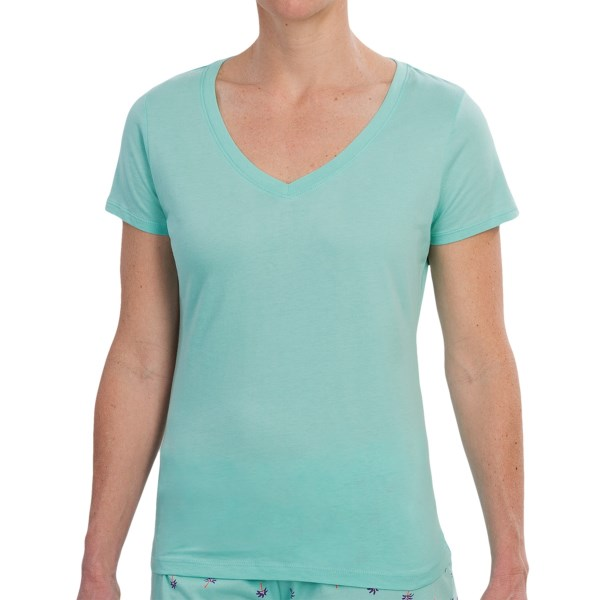 CLOSEOUTS . Great for lounging around the house or pairing with pajama bottoms, Jockeyand#39;s cotton jersey T-shirt is nicely made from soft, lightweight cotton. Available Colors: JADE. Sizes: S, M, L, XL.