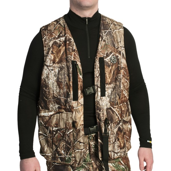 CLOSEOUTS . Rutwearand#39;s Archers vest organizes bowhunting essentials with twelve pockets for storage. This lightweight and water-resistant vest features a removable Spine Pad, Silencer Microfleece construction and a Bow Cradle strap. Available Colors: REALTREE AP, MOSSY OAK INFINITY. Sizes: M/L.