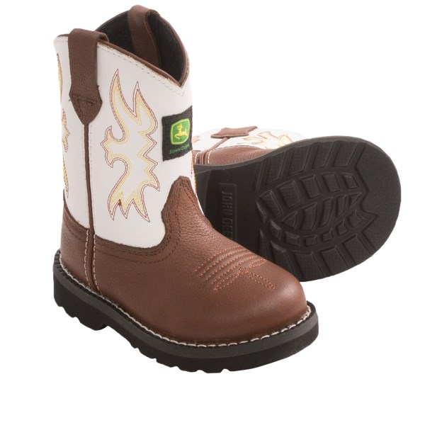 CLOSEOUTS . With a stitched, contrast shaft and toe-flower stitching, John Deere Footwearand#39;s Johnny Poppers Cowboy boots offer classic Western styling for little feet. Available Colors: DARK BROWN. Sizes: 4.5, 5.5, 6.5, 7.5.