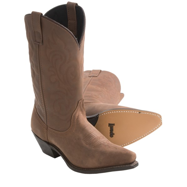 CLOSEOUTS . Women who love classic western fashion will kick up some action in Laredoand#39;s Prairie cowboy boots. The oiled leather vamp creates a richness of hue thatand#39;s enhanced by the flexible shaft -- with tonal stitching to give it class without going overboard. Available Colors: GAUCHO. Sizes: 6, 6.5, 7, 7.5, 8, 8.5, 9, 9.5, 10.