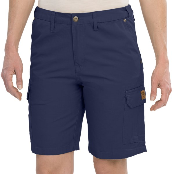 CLOSEOUTS . The summer sun might be a worthy adversary when your hard-working day is spent outside, but Walls Workwearand#39;s cargo shorts offer the lightweight, breathable comfort youand#39;ll need to get through, complete with an abrasion-resistant grid weave thatand#39;ll last through years of wear. Available Colors: DRIFT WOOD, NAVY, SAGE GREEN. Sizes: L, M, S, XL, XS, 2X.