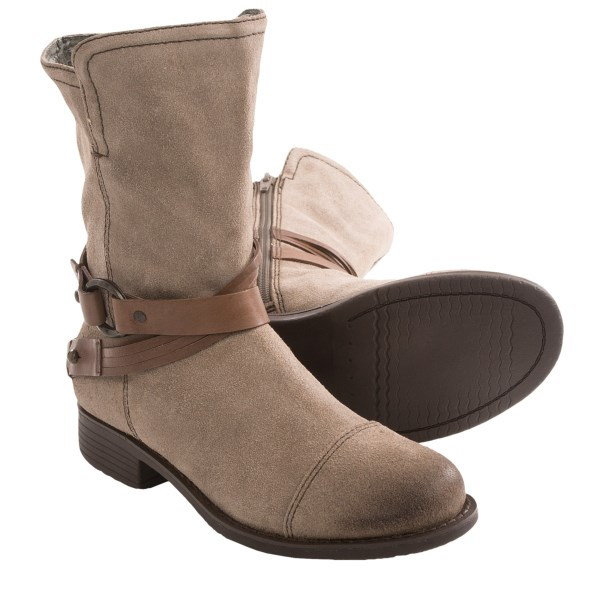 CLOSEOUTS . Designed to appeal to your penchant for mountain-town chic, OTBTand#39;s Bridgeport boots follow up on the fabulous style details with instant comfort. Nicely cushioned, moisture wicking, and great in the stirrup. Available Colors: CHARCOAL, BLACK. Sizes: 5.5, 6, 6.5, 7, 7.5, 8, 8.5, 9, 9.5, 10, 11.