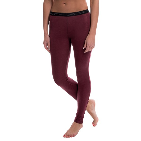 Discontinued . Icebreakerand#39;s Everyday base layer bottoms are made of lightweight, itch-free merino wool that wicks moisture, breathes and regulates temperature naturally. Available Colors: SANGRIA. Sizes: XS, S, M, L, XL.