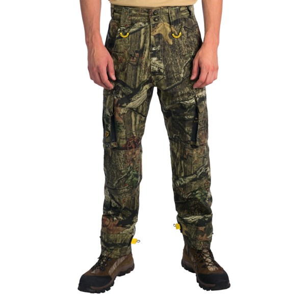 CLOSEOUTS . With dual-entry cargo pockets and ankle straps to keep out debris, ScentBlockerand#39;s Recon hunting pants boast the performance features to help make trips into the field comfortable and successful. Available Colors: REALTREE AP, MOSSY OAK BREAKUP INFINITY. Sizes: M, L, XL, 2XL.