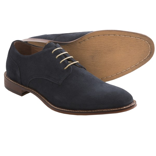 CLOSEOUTS . Every guy whoand#39;s into fashion deserves a pair of suave suede shoes, and Gordon Rushand#39;s Rogers oxford shoes even come in blue (you know you want to sing it). Youand#39;ll find a hundred excuses to work these into your leisurely steppinand#39; out wardrobe. Available Colors: BLACK, NAVY, LIGHT BROWN. Sizes: 7.5, 8, 8.5, 9, 9.5, 10, 10.5, 11, 11.5, 12, 13.