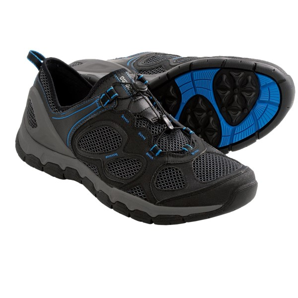 CLOSEOUTS . Sporty, outdoorsy and ready to take on your favorite creek-crossing trails, Clarksand#39; Outframe Ease shoes feature a breathable, quick-drying mesh upper with supportive overlays, quick-pull lacing and a cool, one-piece tongue-collar combo for sockless wear. Available Colors: STONE, BLACK/BLUE. Sizes: 7, 7.5, 8, 8.5, 9, 9.5, 10, 10.5, 11, 11.5, 12, 13.