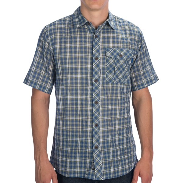 CLOSEOUTS . Weand#39;re not superstitious, OK? But there is a theory out there that says if you will it, it can happen, so... weand#39;re just going to say why NOT throw on Outdoor Researchand#39;s Jinx shirt in all its airy, super-duper-lightweight glory? Just picture it: warm summer air, a cold one in your hand and a little mellow tunage in the background; this shirt was meant for that. Available Colors: PEWTER/REDWOOD, DUSK/HOPS, REDWOOD/HYDRO. Sizes: S, M, L, XL, 2XL, 2XS, XS.