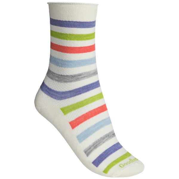 CLOSEOUTS . Goodhew Bandit quarter-crew socks are a steal of a deal with the perfect combination of moisture-wicking merino wool, durable nylon, soft rayon and stretchy goodness. Available Colors: NATURAL, GUAVA. Sizes: S/M, M/L.