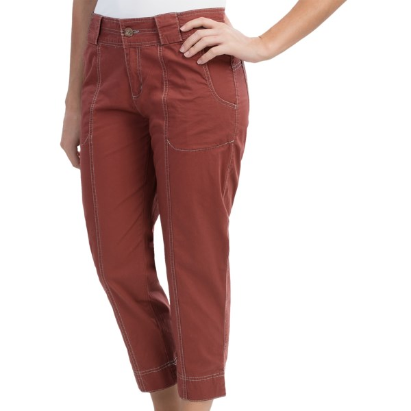 CLOSEOUTS . Woolrichand#39;s Laurel Run capris are a favorite for active or laid-back weekends, thanks to the durable, breathable cotton fabric, stylish top-stitching and pocket details. Available Colors: HENNA, LAGOON, SLATE, TENT. Sizes: 4, 6, 8, 10, 12, 14, 16, 18.