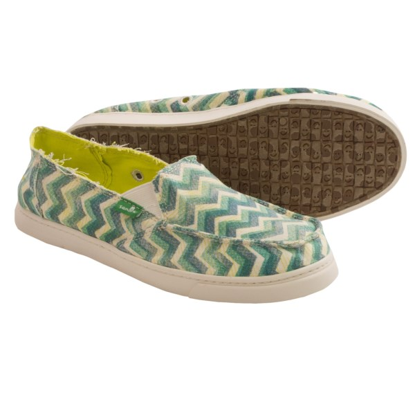 CLOSEOUTS . A funky-casual, printed upper with a cushy footbed surprise, Sanukand#39;s Cabrio Stamp shoes turn that whole putting-on-your-shoes part of your morning into the best part of your day. We imagine that feet look forward to Sanukand#39;s high-rebound EVA foam outsole the same way you look forward to your morning cup of coffee on a Monday. Available Colors: BLACK, CERISE, TEAL. Sizes: 5, 6, 7, 8, 9, 10, 11.