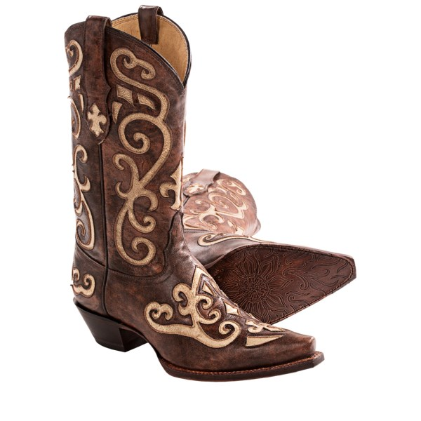 CLOSEOUTS . If you like boots with a healthy dose of Southwestern style, then youand#39;ll love Tony Lamaand#39;s Santa Fe cowboy boots. The contrasting inlay design provides show-stopping flair, and every element of this boot shows incredible attention to detail. Available Colors: EARTH SANTA FE. Sizes: 5, 6, 6.5, 7, 7.5, 8, 8.5, 9, 10.