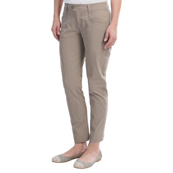 CLOSEOUTS . At home on the trail, perfect for an afternoon at a sidewalk cafe and built for a road trip, Royal Robbinsand#39; Discovery pants are ready for anything. The lightweight, wrinkle-resistant fabric is travel friendly and stretches for comfortable movement. The subtle embossed pattern adds a dash of style, and a zip security pocket is ideal for small essentials. Available Colors: LIGHT TAUPE. Sizes: 2, 4, 6, 8, 10, 12, 14.