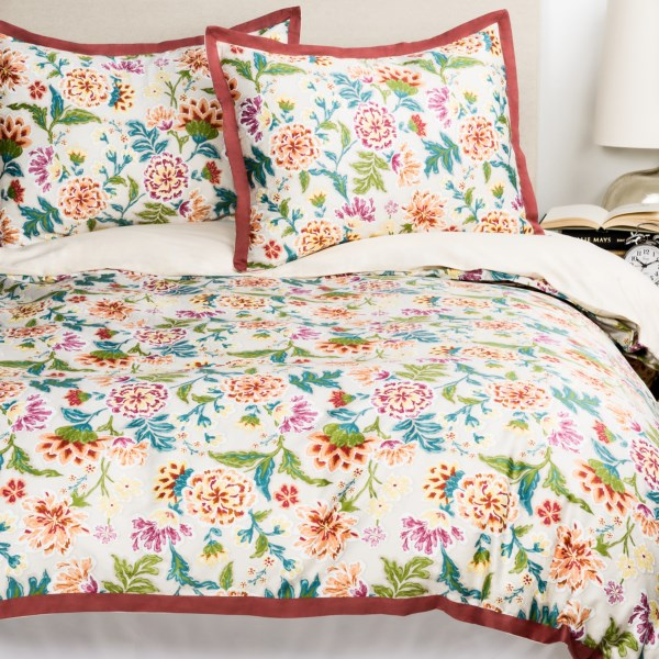 CLOSEOUTS . Welspunand#39;s Collette King duvet set presents a beautiful floral pattern in soft, elegant 220 thread count cotton for an elegant addition to your bedroom decor. Available Colors: RUST. Sizes: KING.