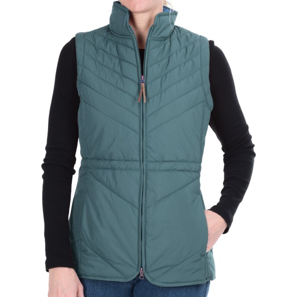CLOSEOUTS . A core warmer through and through, Woolrichand#39;s Snowdrifter vest has a light, low-bulk design, figure-flattering quilted exterior and soft taffeta lining. The 200g Arctic insulation offers serious warmth without getting in your way. Available Colors: BLACK, FIG, MINERAL BLUE. Sizes: XS, S, M, L, XL, 2XL, 3XL, 4XL.